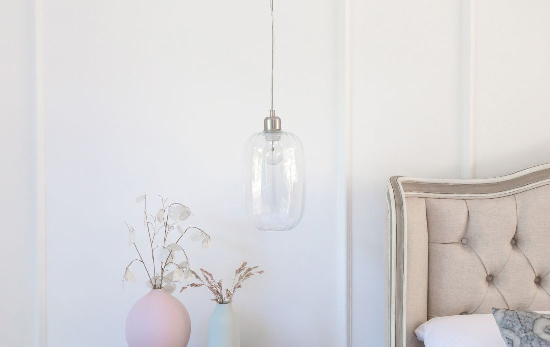 1the-french-bedroom_celia-clear-glass-pendant-light-lifestyle.jpg
