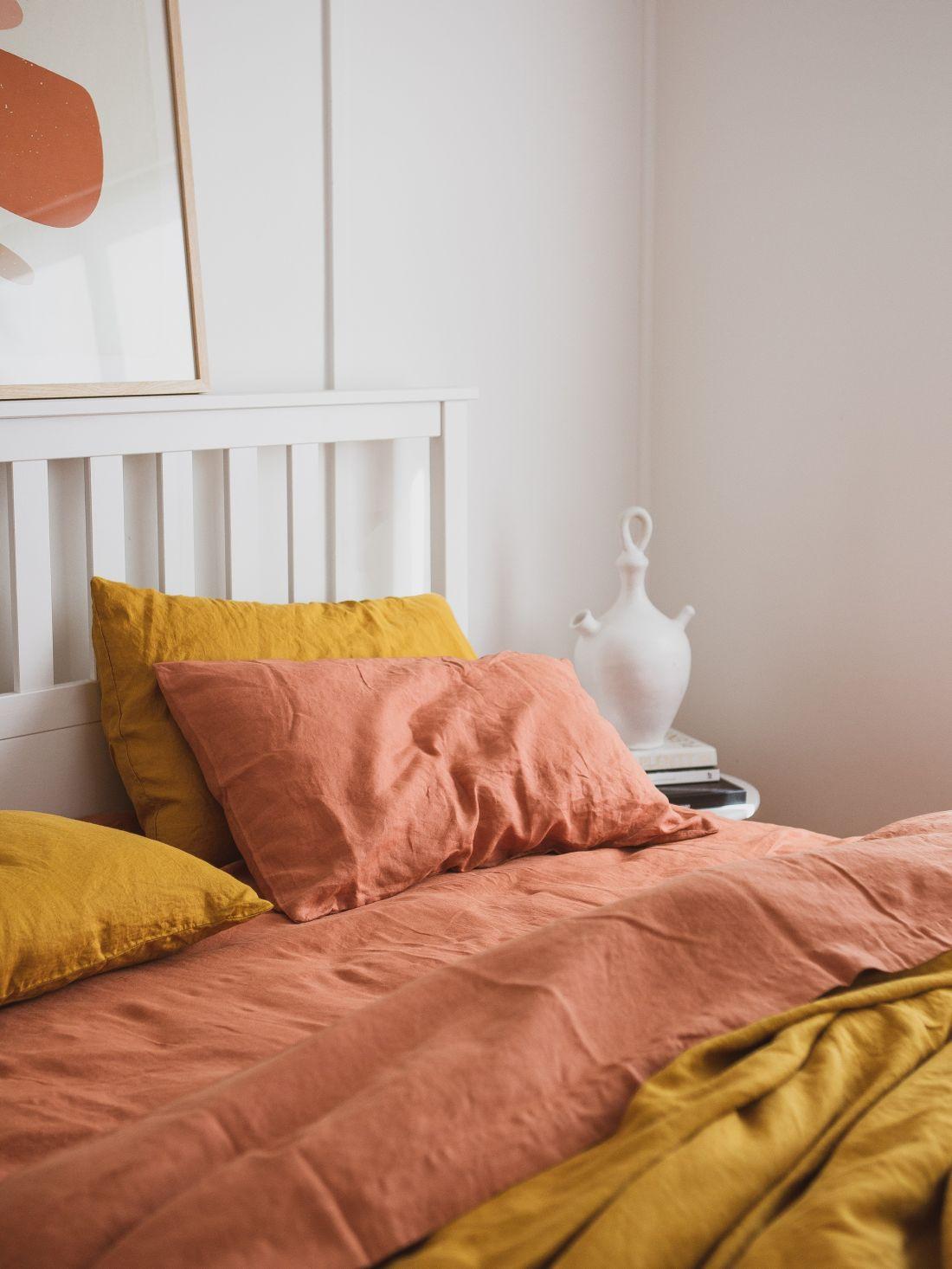 25i-love-linen_100-pure-french-linen-mustard-quilt-cover-amp-desert-rose-sheet-set.jpg