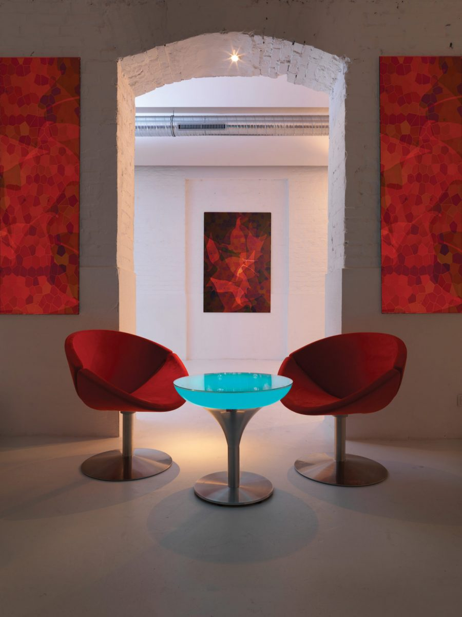 9lime-lace_indoor-1lounge-m55-light-up-table-moree-1200x1200.jpg