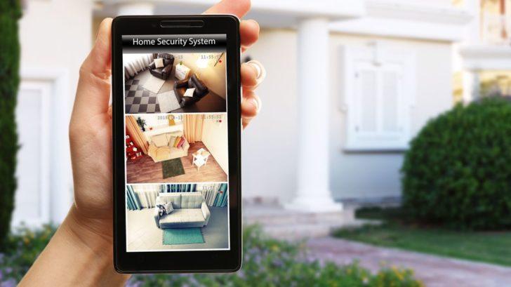 pokud-budou-kamery-dostupne-pres-internet-dbejte-na-jejich-spravne-zabezpeceni-proti-sledovani-treti-osobou-728x409.jpg