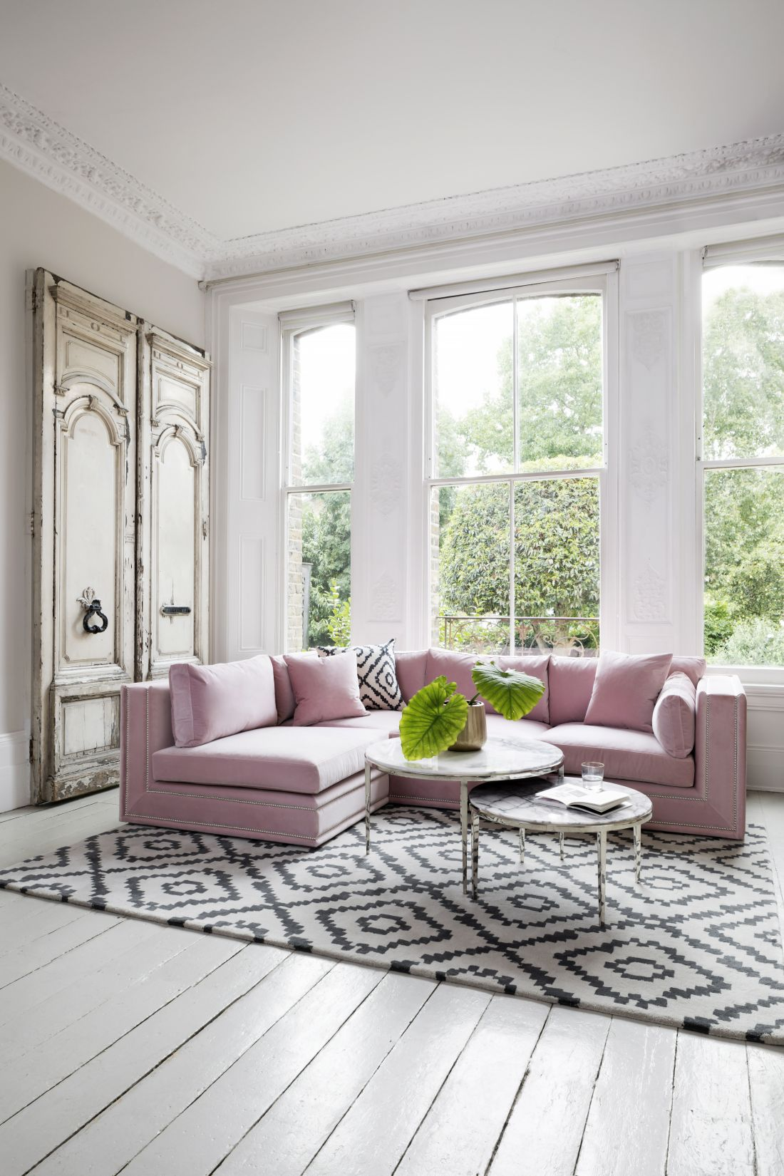 10sweetpea-amp-willow_bancroft-corner-sofa.jpg