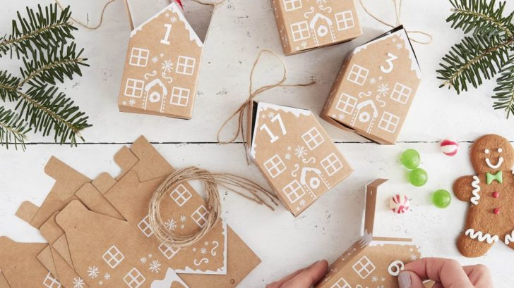 14ginger-ray_kraft-gingerbread-house-advent-boxes-let-it-snow-728x409.jpg
