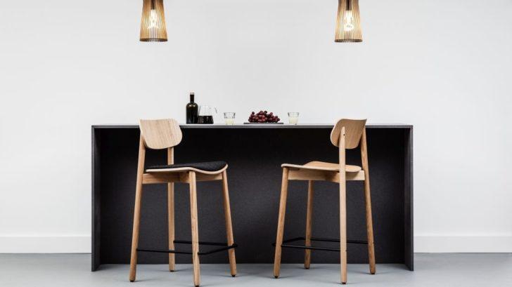 1lime-lace_otis-solid-oak-bar-stool-728x409.jpg