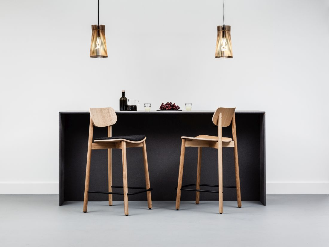 1lime-lace_otis-solid-oak-bar-stool.jpg