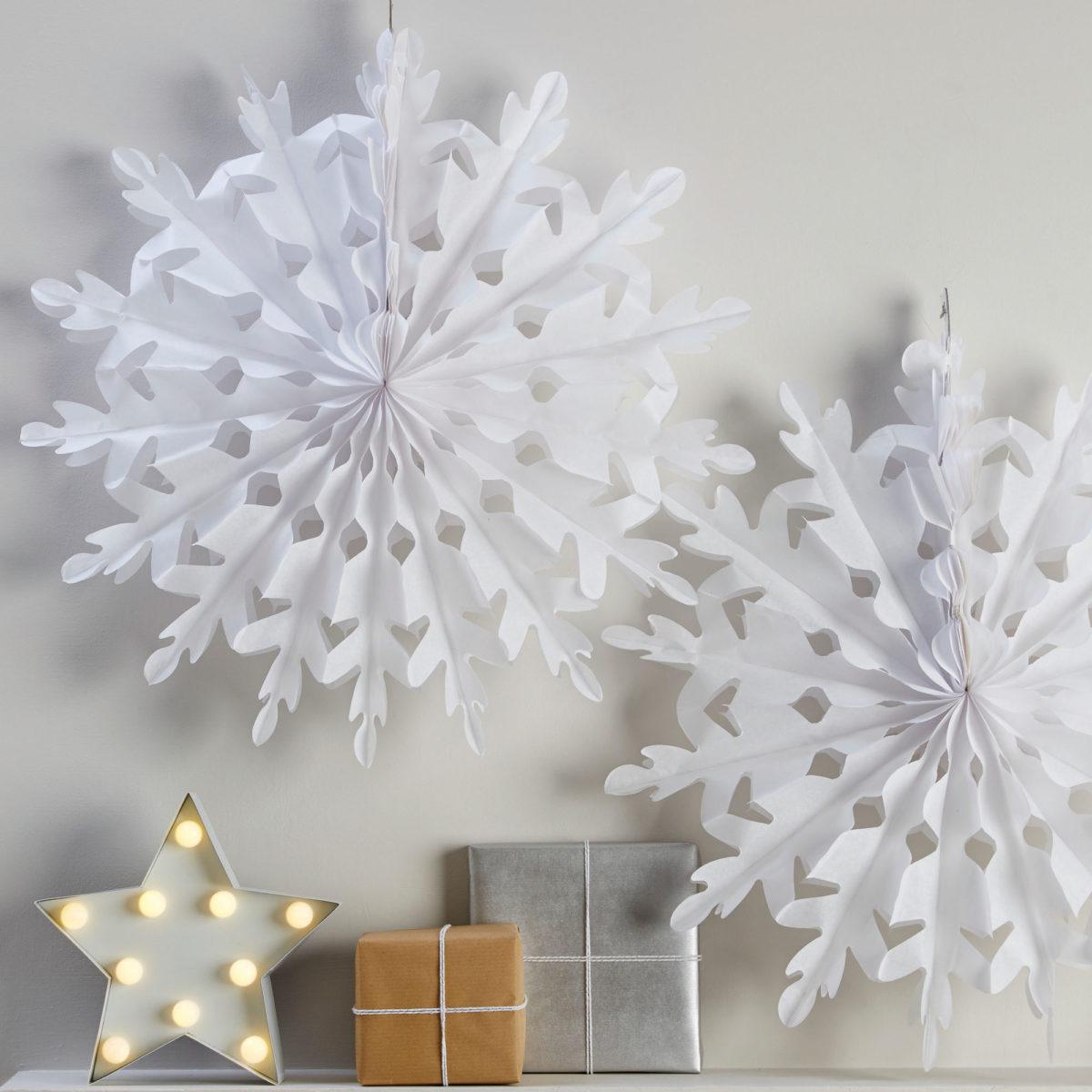 17ginger-ray_festive-white-giant-hanging-snowflakes-christmas-metallics-1200x1200.jpg