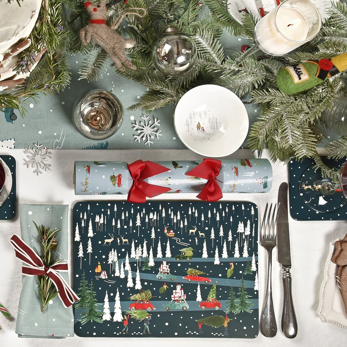 29sophie-allport-home-for-christmas-placemats-set-of-4-lifestyle-1200x1200.jpg