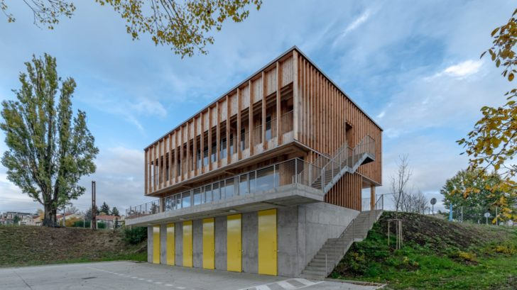 1.-office110-architekti_lodenice_karloveske-rameno_3-728x409.jpg