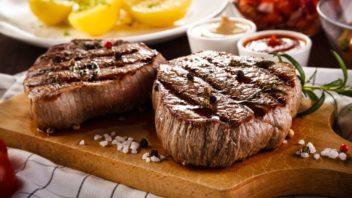 hovezi-steak_shutterstock_636070139-352x198.jpg