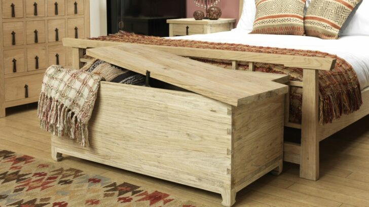 shimu_6887650_countryblanketchest-728x409.jpg