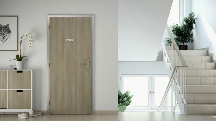 05_kovova-zaruben-pro-pozarne-bezpecnostni-dvere-728x409.jpg