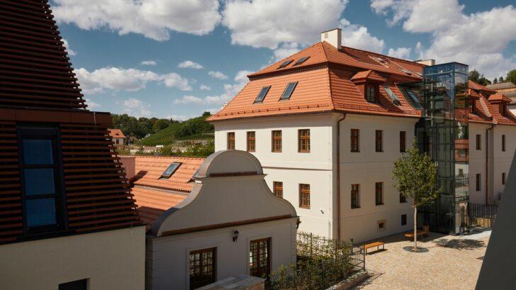 chateau-troja-residence_po-rekonstrukci_1-728x409.jpg