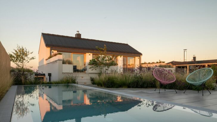 family-house-with-atrium-senaa-alex-shoots-buildings-15-728x409.jpg
