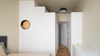 alepreda-stepped-volume-apartment-studio-flusser-09-352x198.jpg