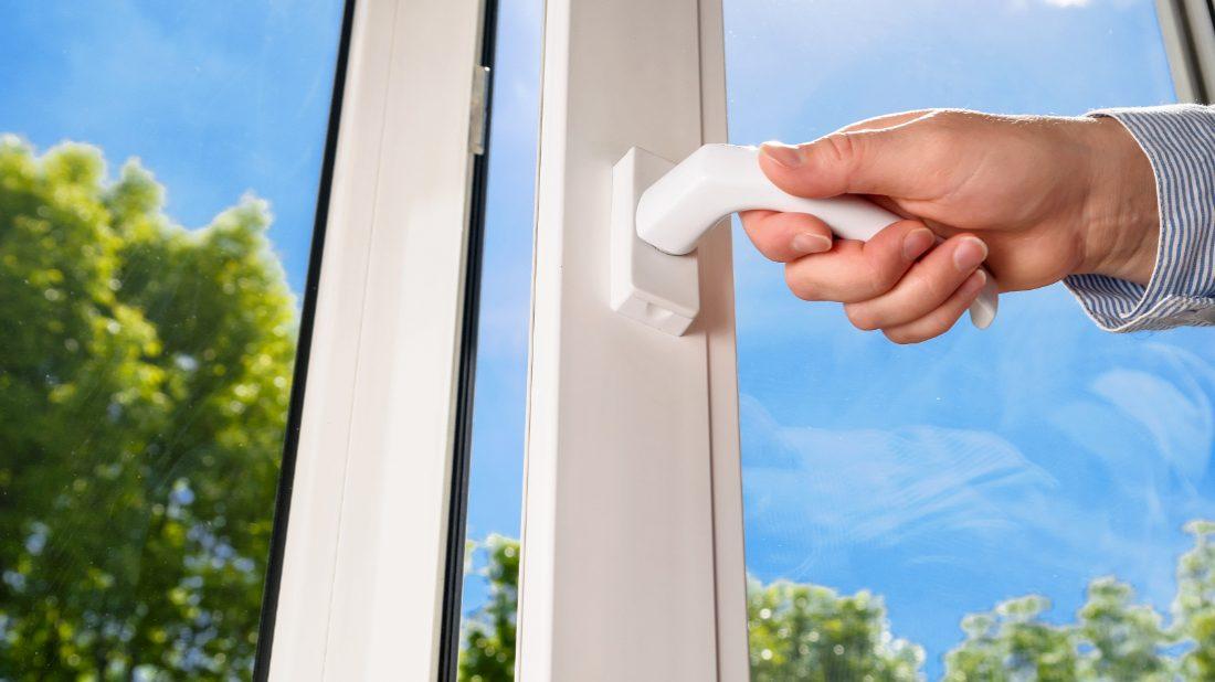 okna-obecne-1100x618.jpg