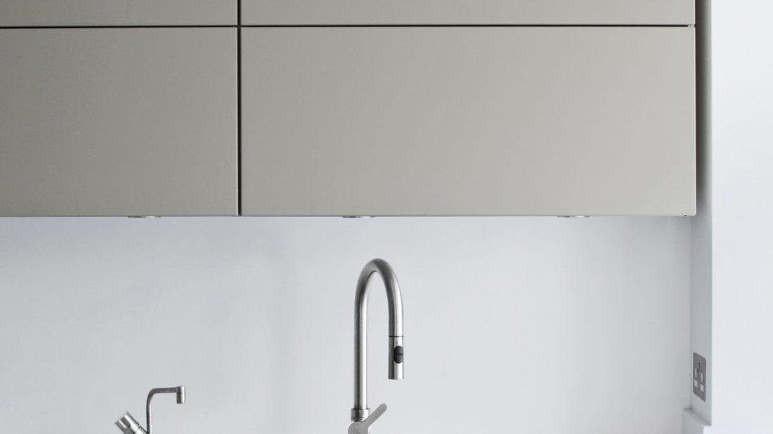 f9042dd736f8 Kuchyňský dřez - nerezový nebo granitový
