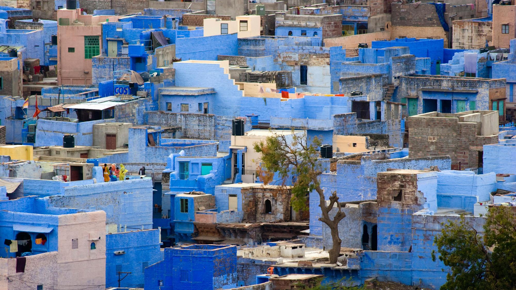 Světová města hýřící barvami