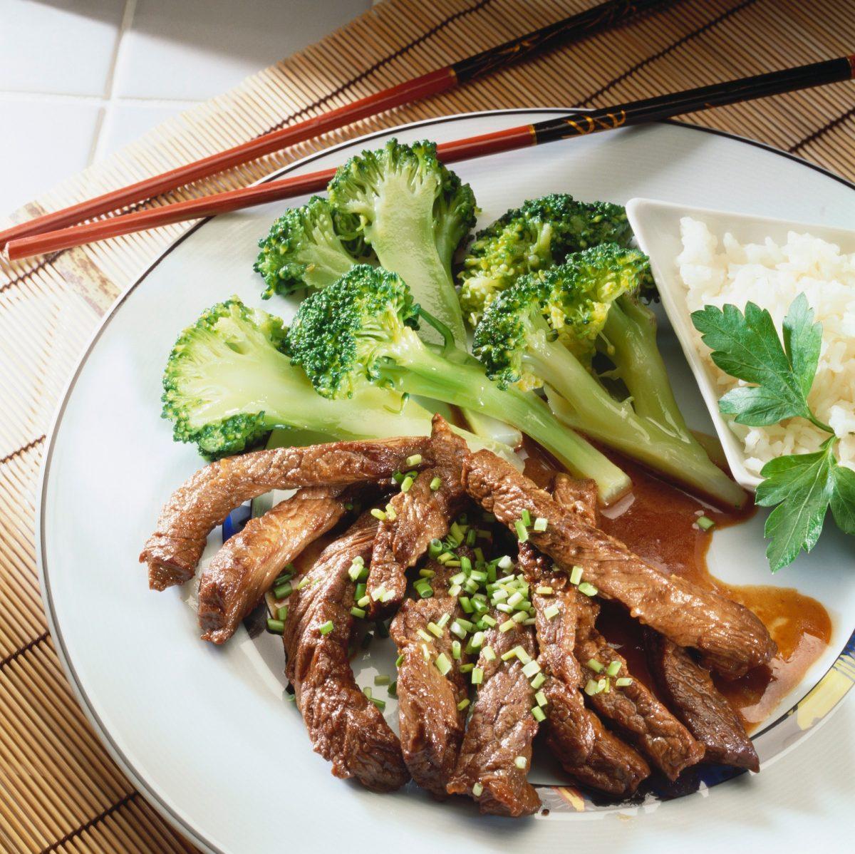 Recepty: Hovězí maso sbrokolicí