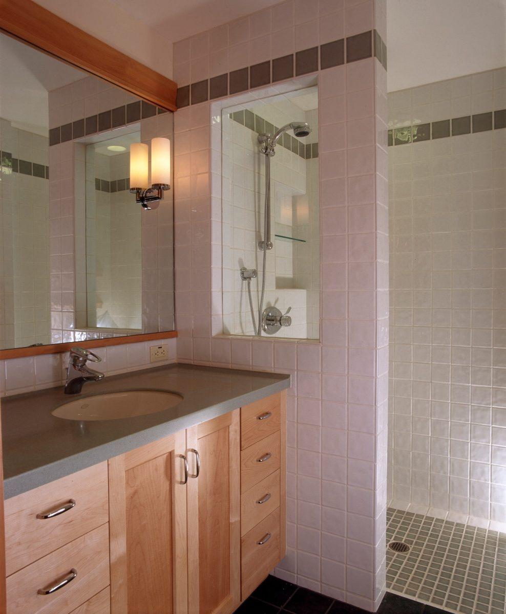 Soutěžní rekonstrukce: Rekonstrukce koupelny aobývacího pokoje
